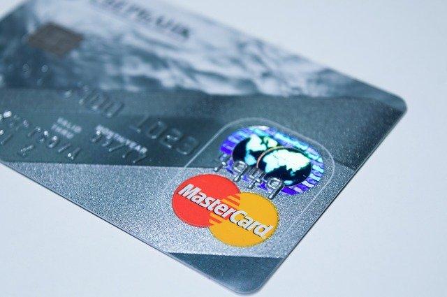 分割払いの方法①クレジットカードを用意する