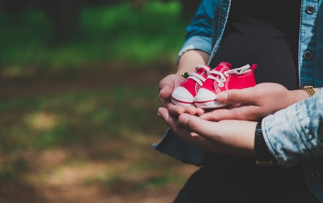 なぜ脱毛ラボホームエディションは妊娠中・授乳中の使用はできないのか?